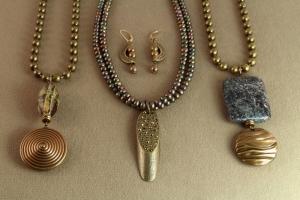 077b Estelle Lukoff Designs
